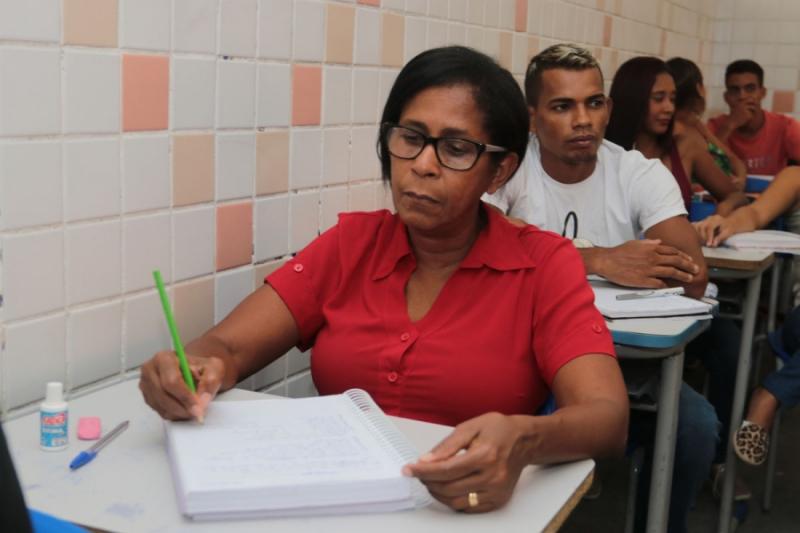 Alagoas terá sete polos de aplicação de exame de certificação de jovens e adultos